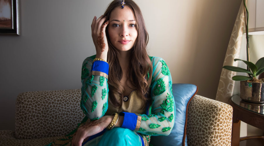 What to Wear to Indian Weddings – 3 Tips