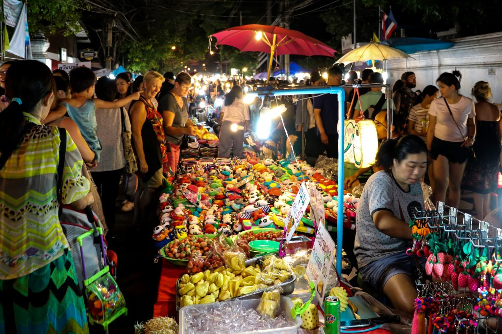 Chiang Mai Night Market crowd