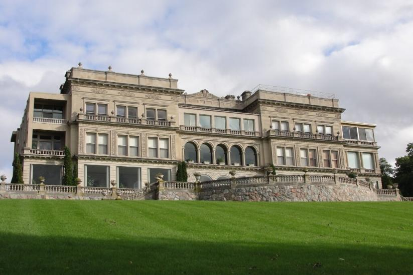 Visit Lake Geneva Historic Mansion